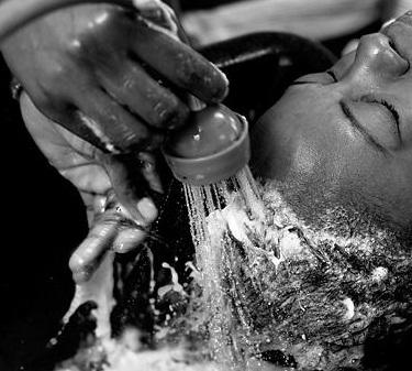 bw-shampoo-bowl